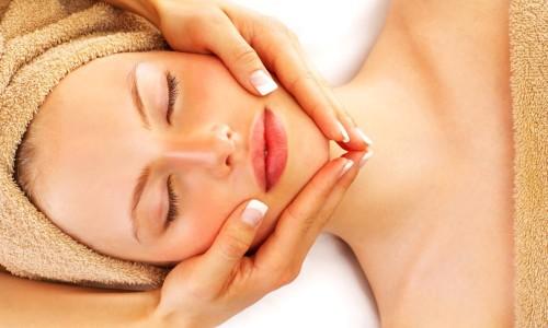 Процедура лимфодренажного массажа лица