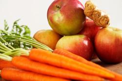 Маска с яблоком и морковью