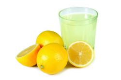 Лимонный сок для борьбы с пигментацией