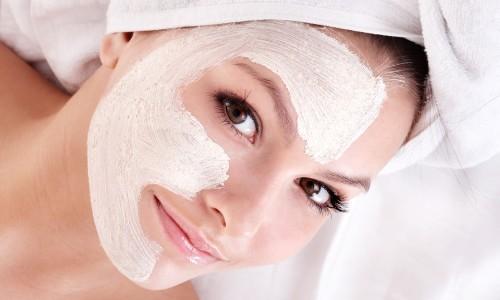 Полезная маска  для лица из кислого молока