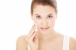 Очищение кожи лица перед маской