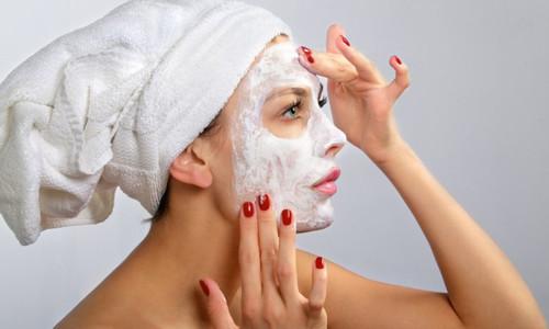 Эффективные маски для лица в домашних условиях